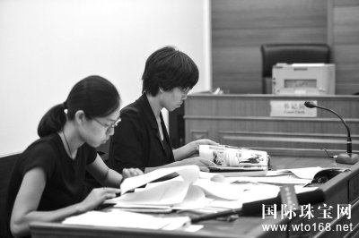 王志飞夫妇称结婚照被擅自使用