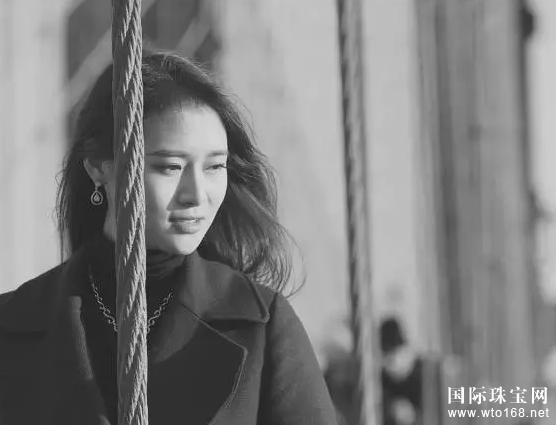 """鉆石世家攜第66屆世界小姐中國區冠軍孔敬演繹""""漂亮""""大片"""