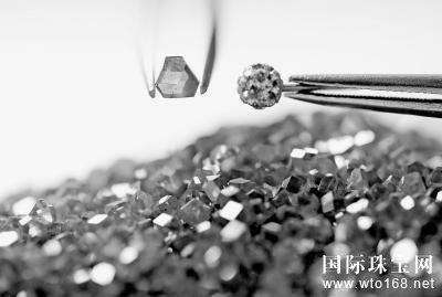 揭秘:人造钻石究竟如何而来?
