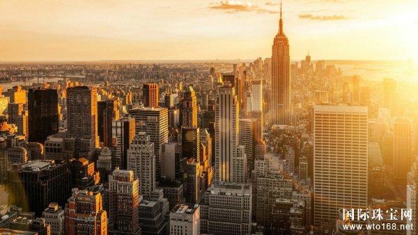 记录纽约罗曼蒂珠宝创建历程