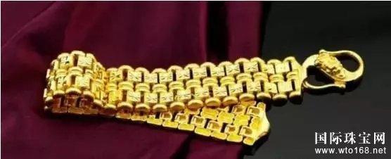 黄金首饰用什么洗才能发亮?