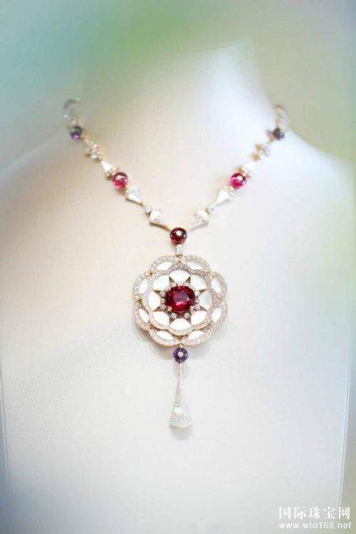 国际知名品牌宝格丽珠宝背后的故事