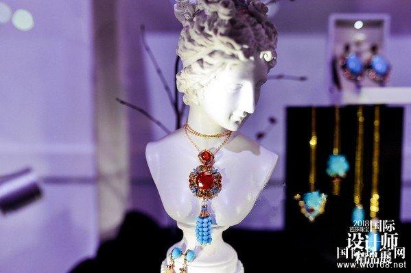 新世代珠宝的游乐园 ——2018芭莎珠宝国际设计师精品展
