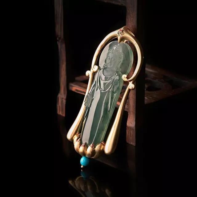 对和田玉玉雕艺术将起到阴阳互补的作用 镶嵌设计时代的到来,必将
