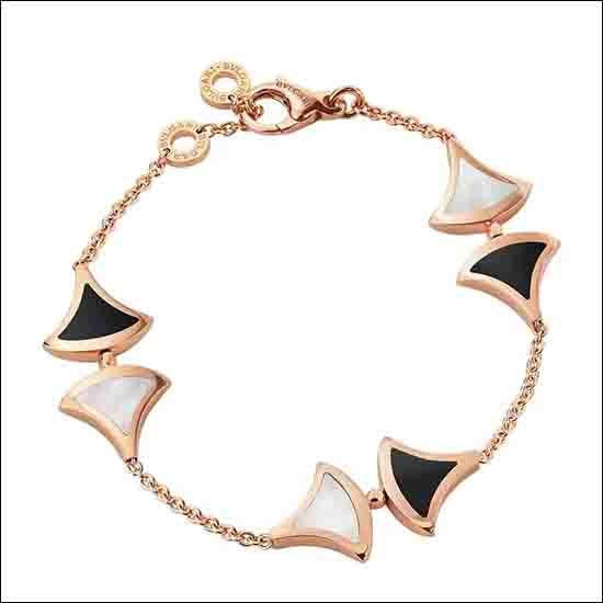 宝格丽珍珠贝母黑玛瑙玫瑰金手链