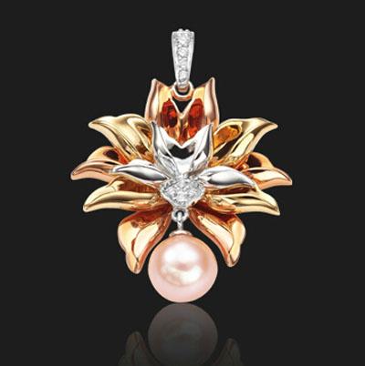 潮宏基-盛世牡丹珍珠