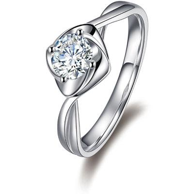 金嘉利造型优美钻石戒